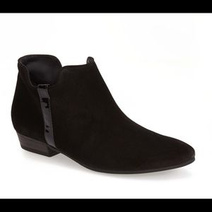 ❤️PAUL GREEN DILLION SUEDE BOOTIE ~ 9